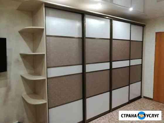 Шкафы купе потолок в подарок Омск