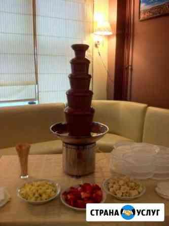 Аренда шоколадного фонтана к выпускному на свадьбу Москва