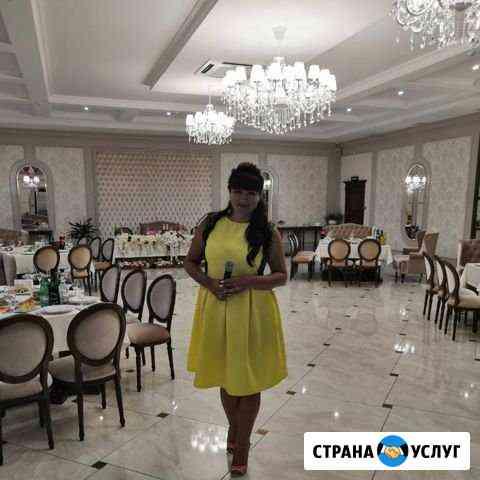 Ведущая Марина Майкоп