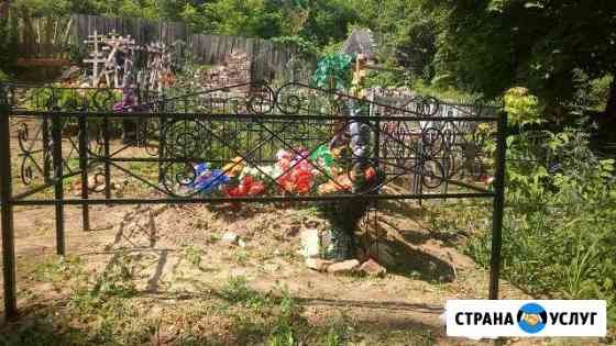 Оградки,столы,лавочки на кладбище Вязники