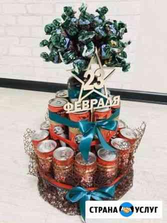 Торт из памперсов, композиции из конфет и напитков Братск
